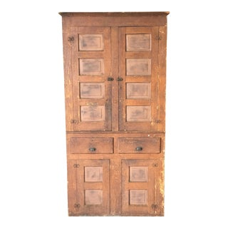 Early 20th Century American Pine Cabinet in Oak Grain Paint For Sale