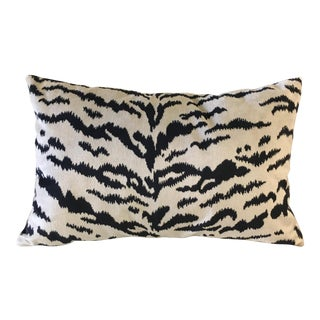 Williams-Sonoma Velvet Lumbar Pillow For Sale
