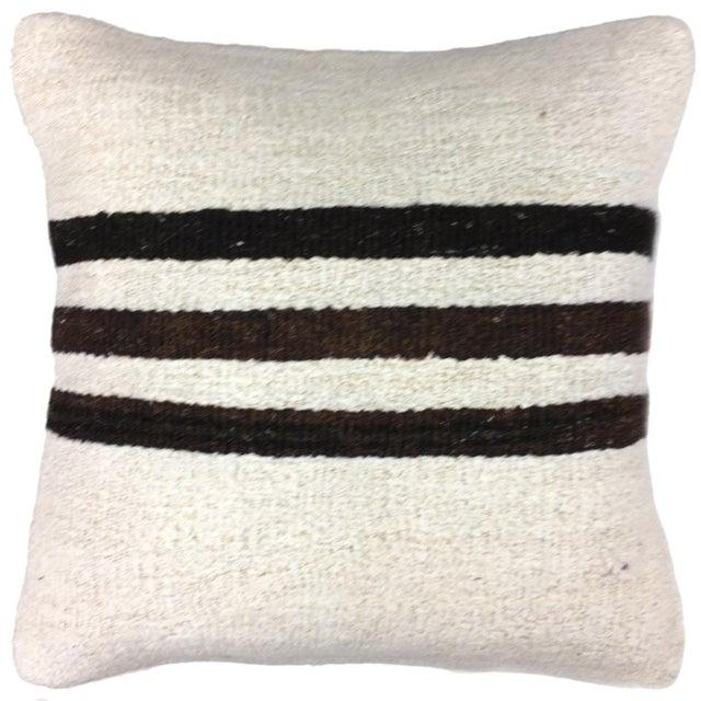 "Boho Chic Hemp Rug & Relic Kilim Pillow | 16"" For Sale - Image 3 of 3"