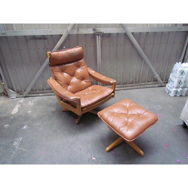 Lied Mobler Mid-Century Leather Recliner Chair & Ottoman - Image 2 of 9