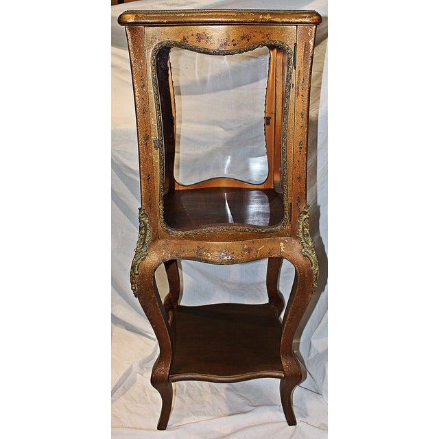 French Antique French Gilt Vitrine Display Case For Sale - Image 3 of 8