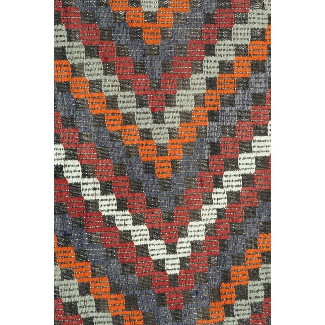 "Vintage Turkish Kilim Rug-6'4'x9'2"" For Sale - Image 10 of 13"