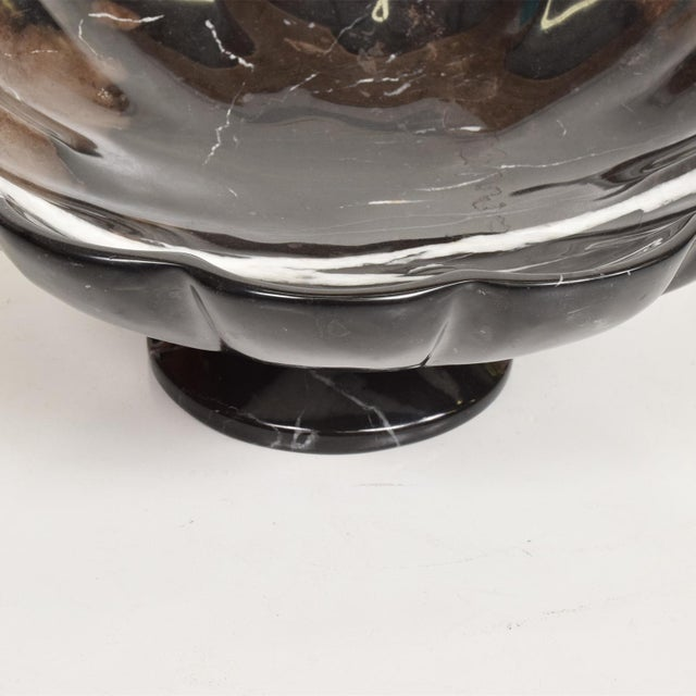 1960s Mid-Century Modern Decorative Italian Black Marble Fruit Bowl After Mangiarotti For Sale - Image 5 of 7