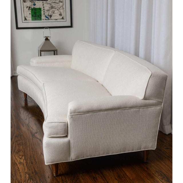 1960s Mid-Century Modern Curved Sofa in White Fabric by Edward Wormley for Dunbar For Sale - Image 5 of 11