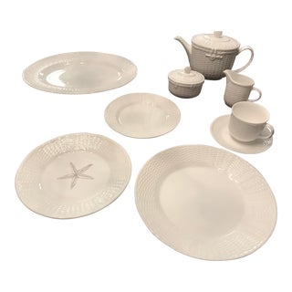 Wedgewood Nantucket Basket China Dinnerware - 48 Piece Set For Sale