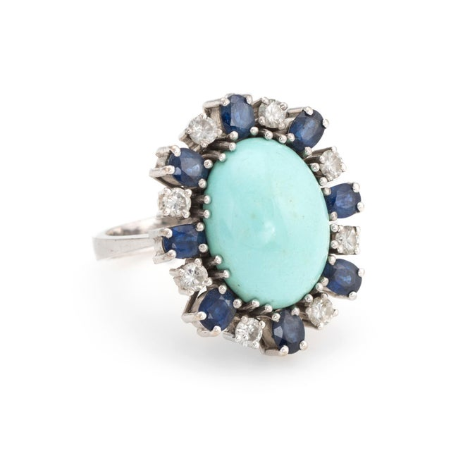 Modern Vintage Turquoise Sapphire Diamond Ring 18 Karat White Gold Estate Fine Jewelry For Sale - Image 3 of 7