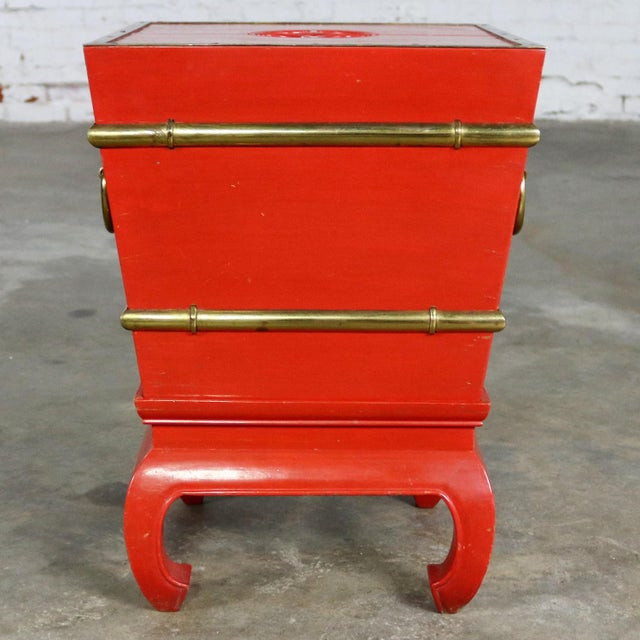 Chinese Red Lacquer and Brass Accent Table Removable Ice Chest Style on Hoof Foot Base For Sale - Image 13 of 13