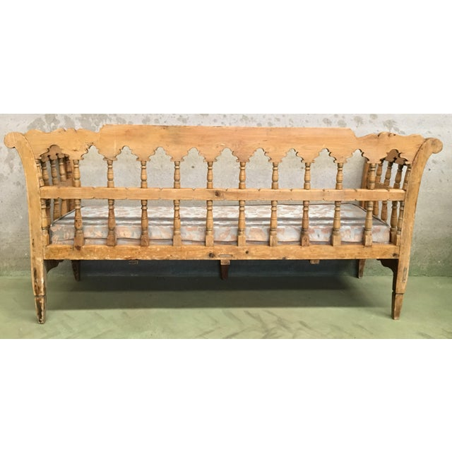 Mid 19th Century 19th Century Large Pine Country Bench or Daybed For Sale - Image 5 of 11