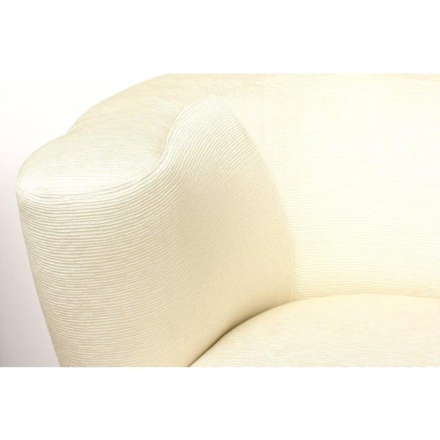 """Vladimir Kagan 1970s Vintage Vladimir Kagan"""" Nautilus"""" Swivel Lounge Chairs- A Pair For Sale - Image 4 of 11"""