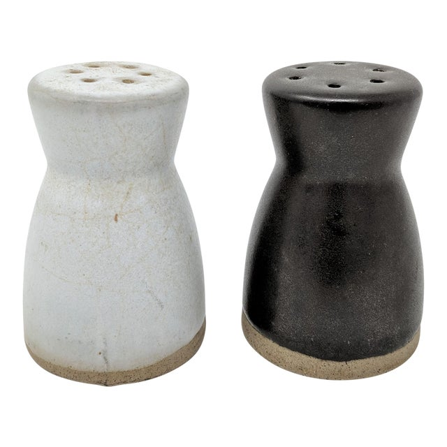 Vintage Salt and Pepper Shakers by Gordon & Jane Martz for Marshall Studios - a Pair For Sale