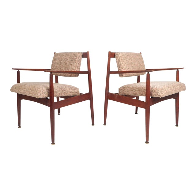 1960d Mid-Century Modern Jens Risom Design Walnut Lounge Chairs - a Pair For Sale