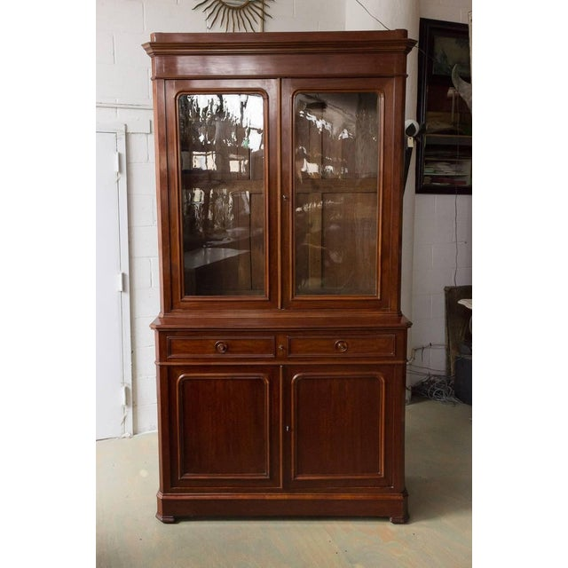 French 19th Century Two-Part Mahogany Bookcase For Sale - Image 9 of 10