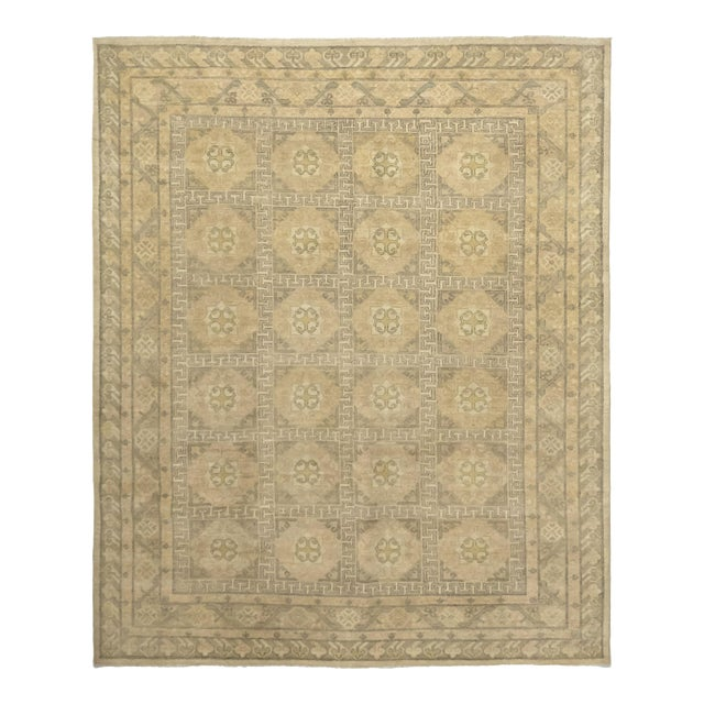 "Traditional Hand-Knotted Area Rug 8' 0"" x 9' 8"" For Sale"