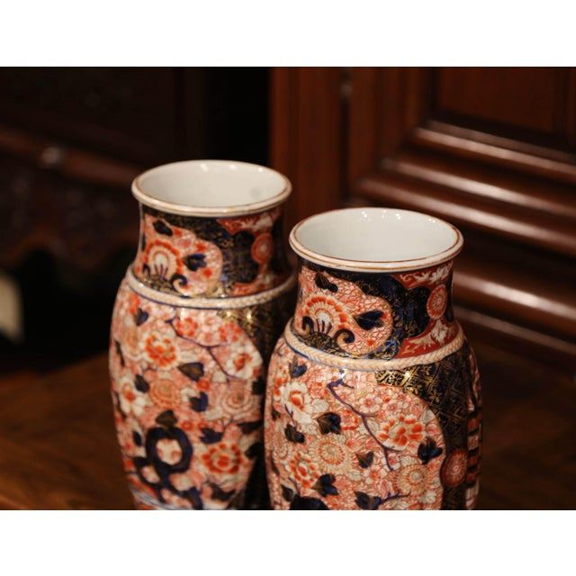 Asian Pair of 19th Century Chinese Porcelain Imari Vases With Floral Decor For Sale - Image 3 of 9
