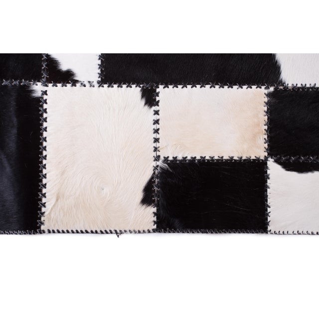 "Aydin Cowhide Patchwork Accent Area Rug - 4'7"" x 8'0"" For Sale - Image 4 of 9"
