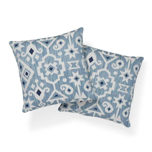 """Schumacher Contemporary Schumacher Crusoe Ikat Sky Two-Sided Cotton Pillow - 20ʺW × 20""""H For Sale - Image 4 of 7"""