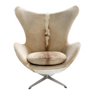 Arne Jacobsen for Fritz Hansen Egg Chair in Brazilian Cowhide For Sale