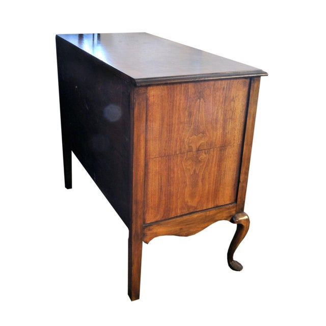 Queen Ann Burl Walnut Dresser - Image 4 of 4