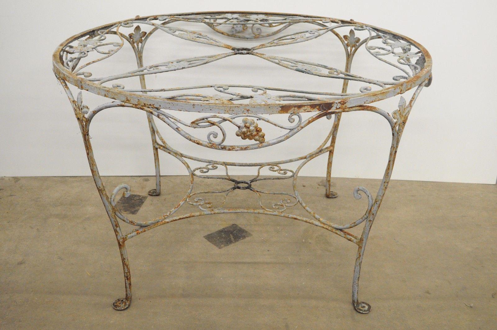 Merveilleux Vintage Art Nouveau 5 Pc Wrought Iron Patio Dining Set Round Table 4 Chair  Salterini For