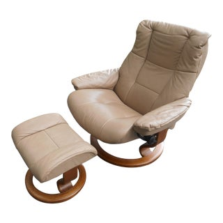 Ekornes Stressless Leather Adjustable Recliner With Ottoman For Sale