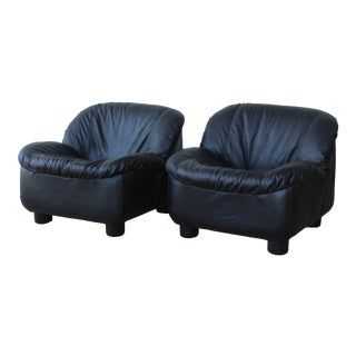 1970s Italian Leather Lounge Chairs - a Pair For Sale
