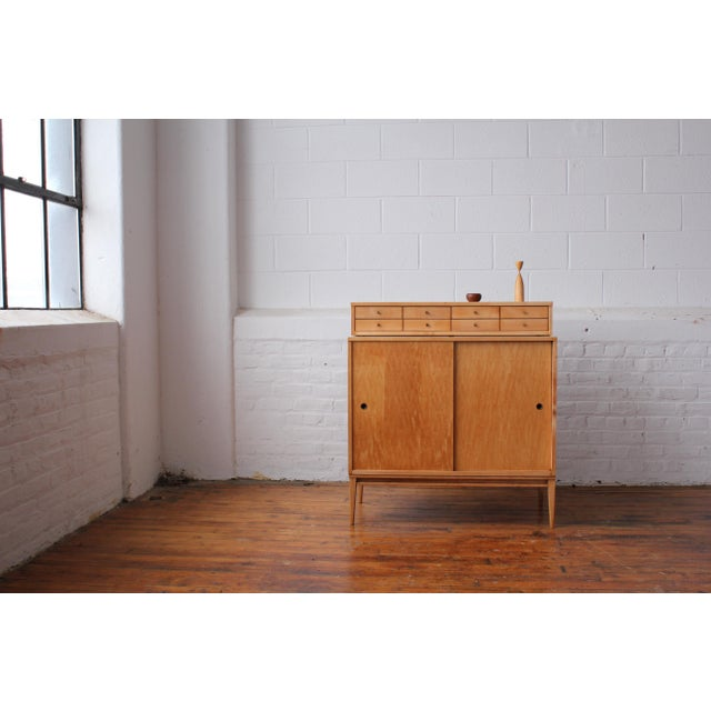 Mid-Century Modern Restored 1950s Mid-Century Modern Paul McCobb Planner Group Mini Credenza Cabinet For Sale - Image 3 of 13
