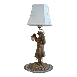 Antique Mid-Century Colonial Wood Carved and Brass Table Lamp For Sale