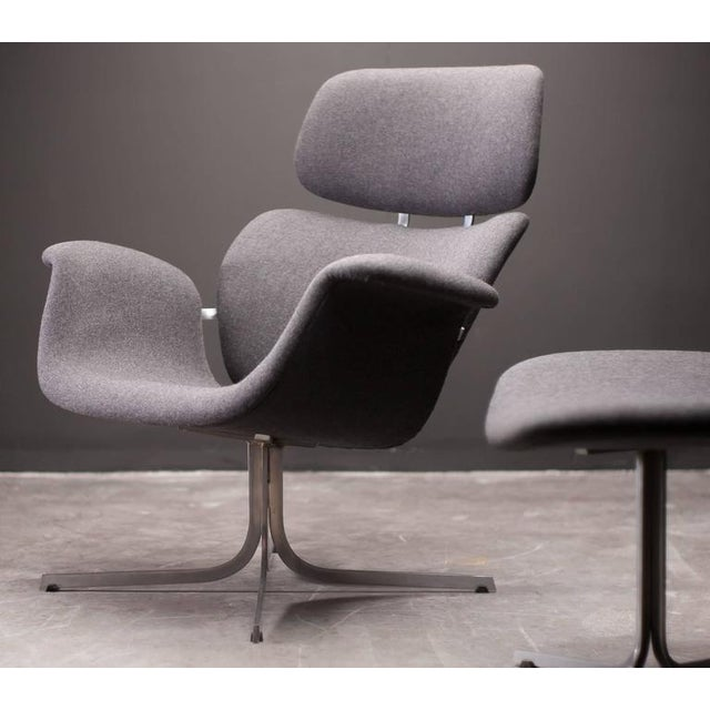Chrome Pierre Paulin F545 Lounge Chair with Matching Footstool for Artifort For Sale - Image 7 of 9