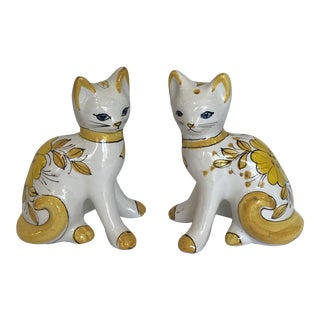 Vintage Hollywood Regency Italian Majolica Cats - a Pair For Sale