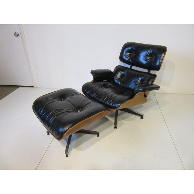 Eames 670 Lounge Chair and Ottoman by Herman Miller For Sale - Image 9 of 10