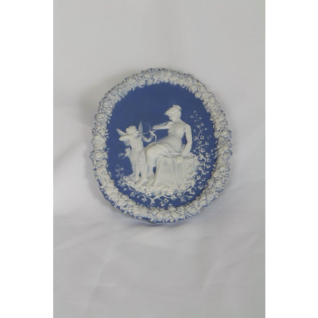 Early 20th Century Traditional Oval Blue and White Jasperware Plaque For Sale - Image 5 of 6