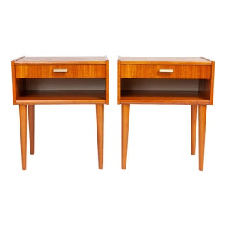 Vintage Danish Modern Nightstands With Brass Handles (Pair) For Sale