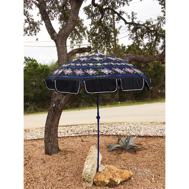 This vintage cotton applique garden umbrella is 6.5ft inches diameter, 8 ft tall, when assembled. This umbrella features...