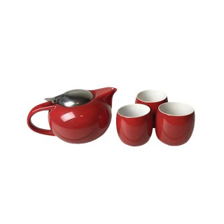 Sleek retro red tea set - includes a tea pot with built in infused and three cups. For Sale