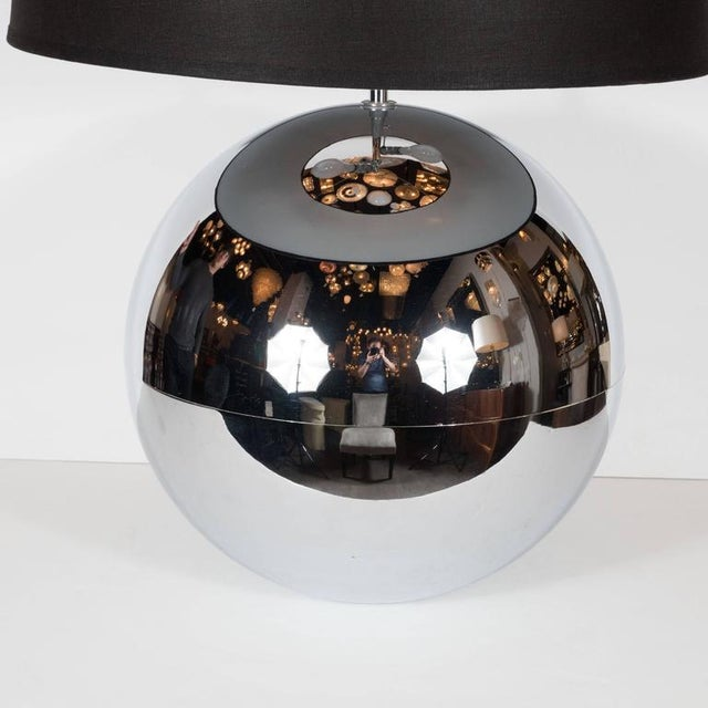 "Mid-Century Modern Mid-Century ""Ball"" Table Lamp in Chrome in the Style of Karl Springer For Sale - Image 3 of 9"