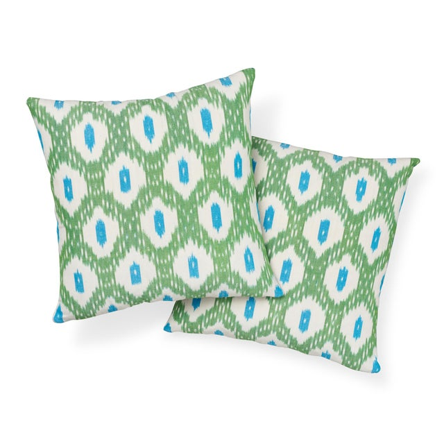 Contemporary Schumacher Indio Ikat Pillow in Green & Peacock For Sale - Image 3 of 8