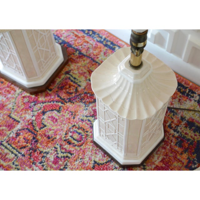 Metal White Frederick Cooper Chinoiserie Table Lamps With Scalloped White Shades For Sale - Image 7 of 11