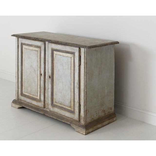 19th Century Italian Abruzzo Two-Door Buffet in Original Paint For Sale - Image 4 of 13