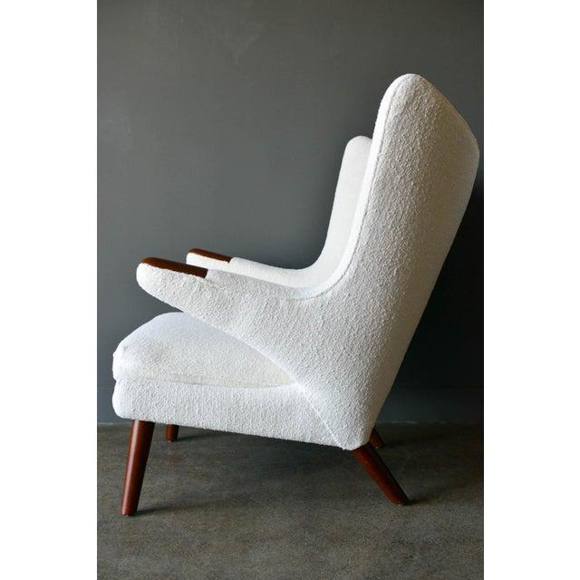"""Mid-Century Modern 1950s Hans Wegner Model Ap19 """"Papa Bear"""" Chair For Sale - Image 3 of 13"""