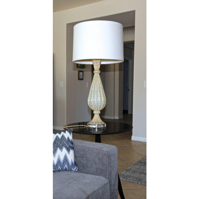 1950s Italian Arovier E Toso Gold Opalescent Murano Table Lamps - a Pair For Sale - Image 12 of 13