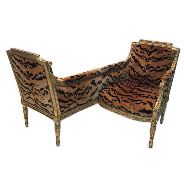 Vintage French Louis XVI Style Giltwood Tete-A-Tete Settee For Sale - Image 10 of 13