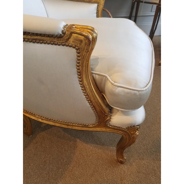 Gold 1960s Louis XV Gilt Wood and Fortuny Silver Silk Blend Upholstered Bergere Chairs - a Pair For Sale - Image 8 of 12