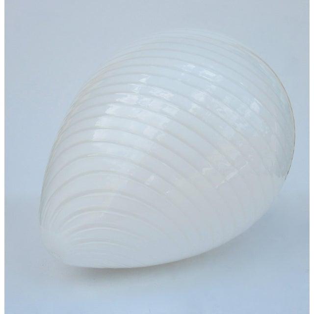 "Vetri Late 1970s, Early 1980s, Vintage Venini Italian Murano White Swirl Glass Vetri ""Egg-Shaped"" Lamp For Sale - Image 4 of 13"