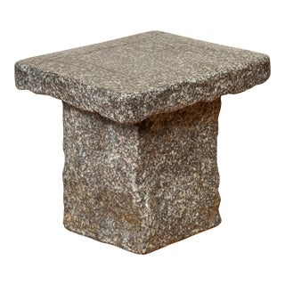 Japanese Taishō Early 20th Century Rustic Stone Garden Seat For Sale