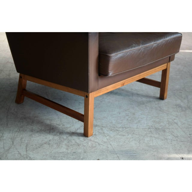 1960s Midcentury Kai Lyngfeldt Larsen Style High Back Lounge Chair in Brown Leather For Sale - Image 5 of 9