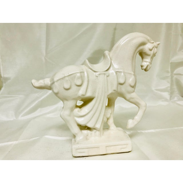 Asian 1970s Chinoiserie White Crackle Glaze Ceramic Horse For Sale - Image 3 of 10