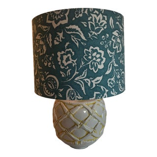 Faux-Bamboo Chinoiseire Ceramic Table Lamp W/Madcap Cottage Shade For Sale