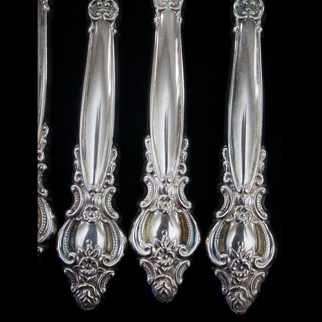 """International Silverplate, Empress Pattern from 1981 in new condition. Set includes: 12 each: Dinner Knives 9 1/4"""", Dinner..."""