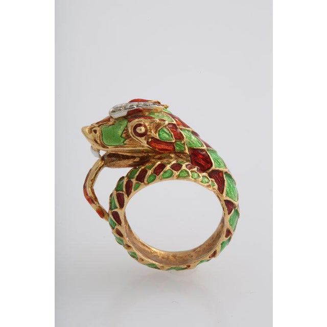 Figurative Italian Green and Red Enamel Snake Ring For Sale - Image 3 of 7