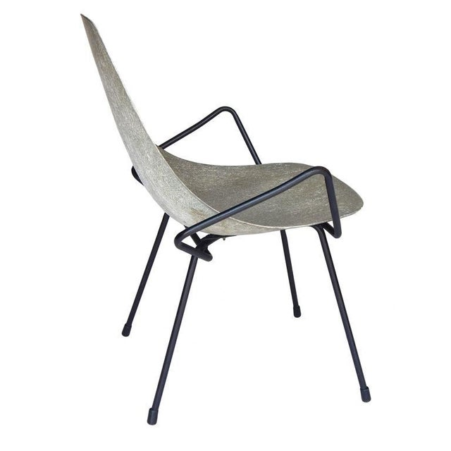 Unusual Sculptural Fiberglass Chair - Image 4 of 8